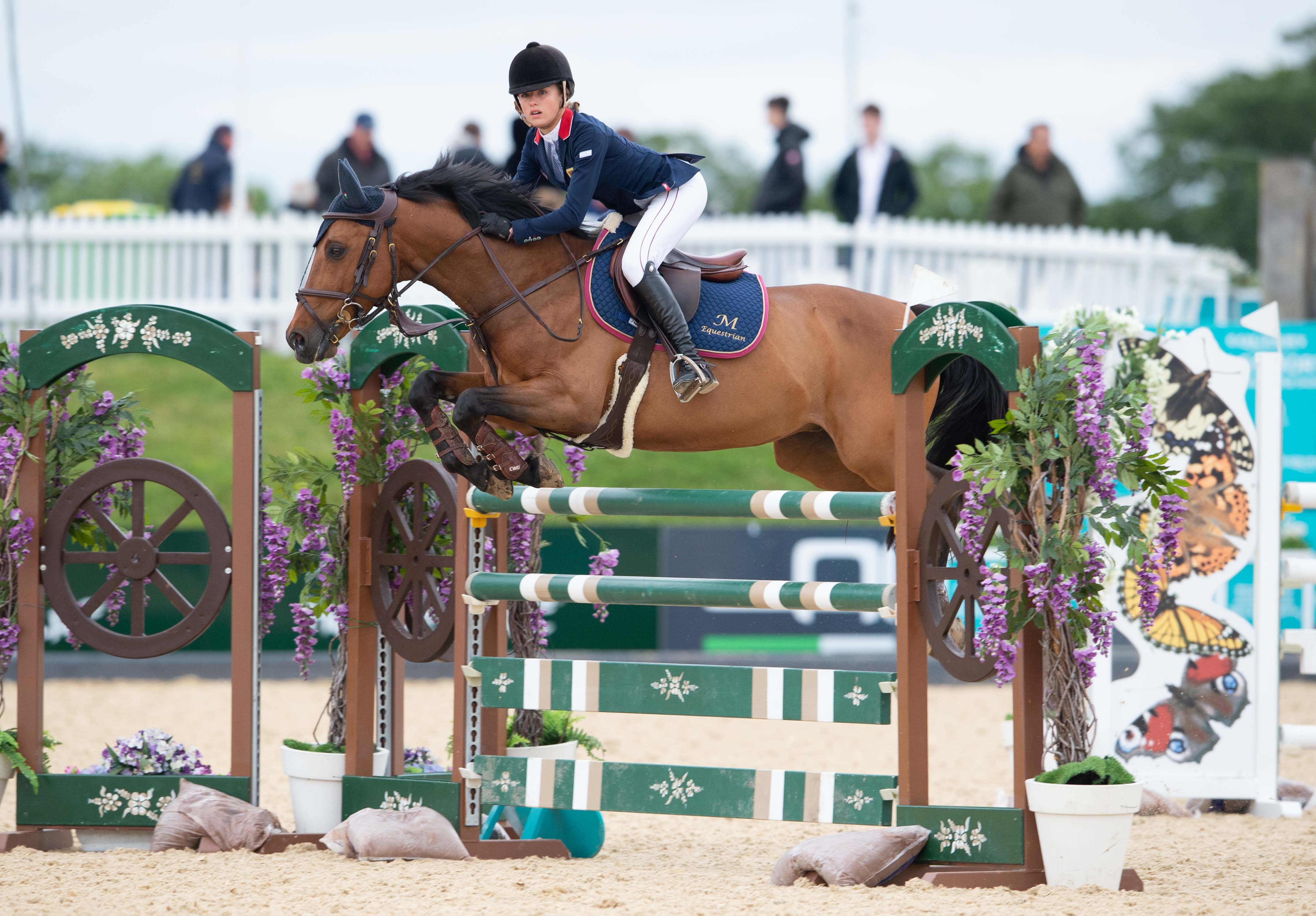 Claudia Captures Pony Championship